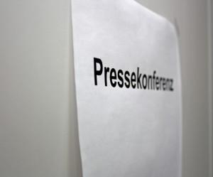 Der Anlass für eine Pressekonferenz sollte wohl überlegt sein. In jedem Fall ist eine gute Gelegenheit einen persönlichen Kontakt zu Journalisten aufzubauen. (Bildrechte: Meike Pruhs)